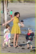 th 32449 Selenatag5 123 344lo Selena Gomez   hanging with family at a beach in Malibu 02/17/12