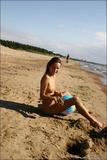 Vika & Kamilla in The Girls of Summer: 6v4lla2c5rj.jpg