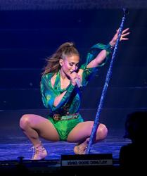 Jennifer Lopez - Performs at Foxwood Casino in Connecticut (6221/14)