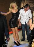 Paris Hilton leggy in short dress partying at the Vanity Nightclub in Las Vegas - Hot Celebs Home