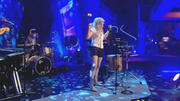 Ellie Goulding - Starry Eyed (Live @ Alan Carr Chatty Man 2010-03-04)