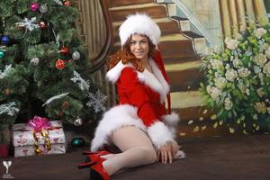 http://img172.imagevenue.com/loc6/th_531248396_silver_angels_Sandrinya_I_Christmas_1_043_123_6lo.jpg